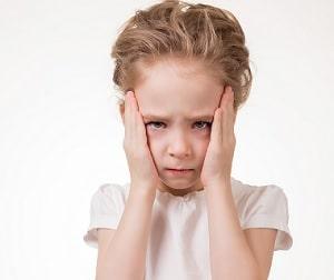 7 Ciri Anak Tidak Bisa Bicara Karena Mutisme Selektif